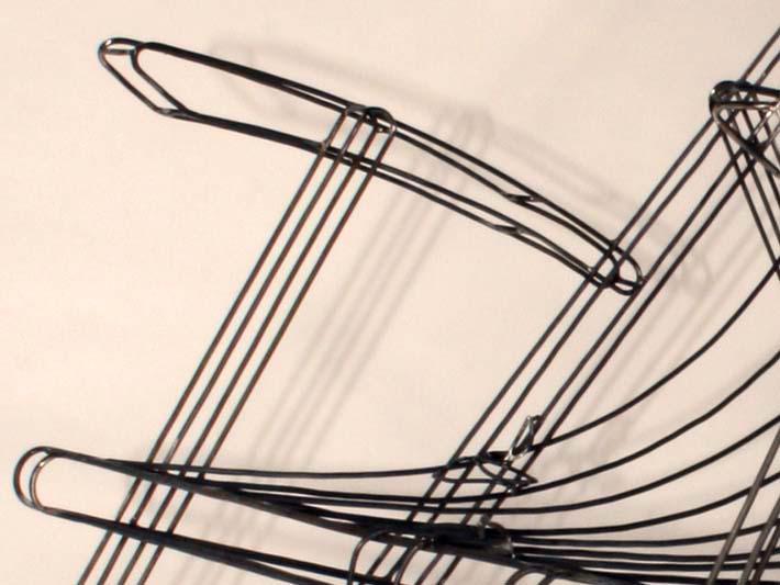 Liegestuhl aus Draht, Detailansicht
